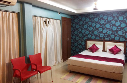 Book Suite Room at Puri Holiday Apartments
