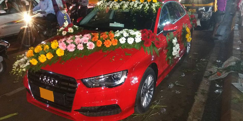 Hire A Luxury Wedding Car In Odisha Wedding Car Rental In - Audi car decoration
