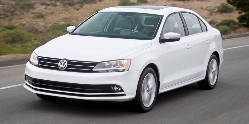 Volkswagen Jetta (4+1Driver)