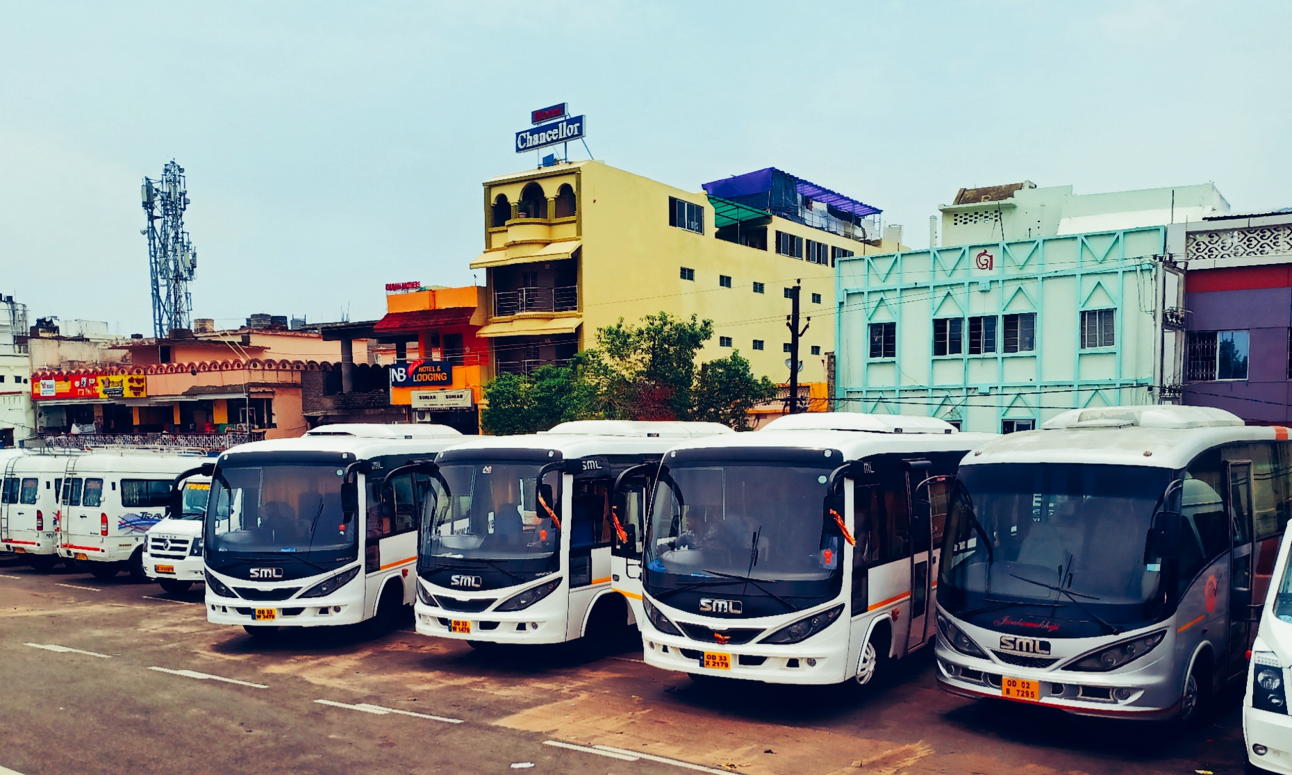 Hire SML Coach in Bhubaneswar, Puri - Patra Tours And Travels